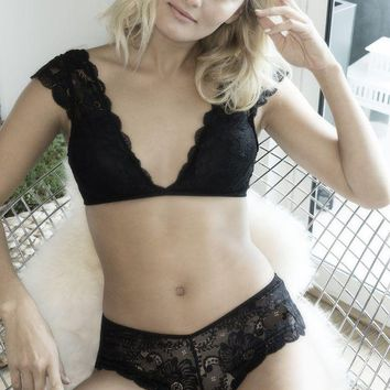 LMFON Soft Lace Bralette and Panty Set