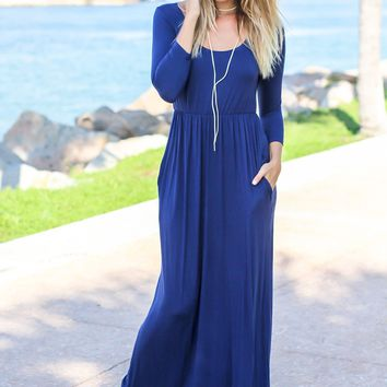 Navy Scoop Neck Maxi Dress with 3/4 Sleeves
