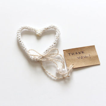 Personalized Wedding Favor tags, Wedding place cards, Heart Place Card Holder,Thank you note, Custom Place cards, Wedding Table Decoration