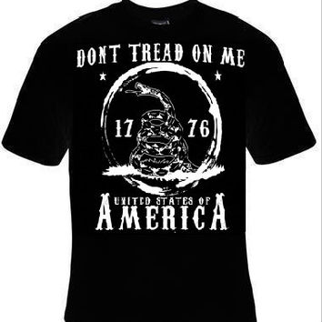united states of america snake dont thread on me t-shirt