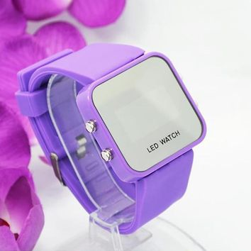 2016 Fashio Square Mirror Face Silicone LED Watch Digital Watches Quartz Wrist Watch Women Men Sport Clock Hour Relogio Feminino