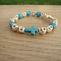 Skull and Cross Bracelet, Howlite Skull Bracelet,Unisex  Cross Bracelet, Gift For Him, Gift For Her, Beaded Bracelet, Free Shipping