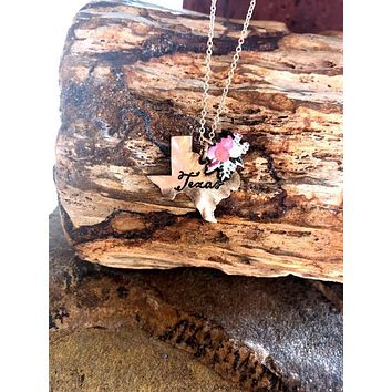 Texas Necklace with Flowers