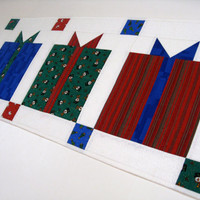 Christmas Quilted Table Runner Gifts Packages
