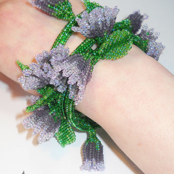 Spring - beaded bracelet - herringbone stitch flowers - green - liliac
