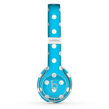 The Light Blue & White Polka Dot Skin Set for the Beats by Dre Solo 2 Wireless Headphones