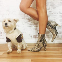 Vintage 80's Glossy FAUX Snakeskin Italian Ankle Boots || Size 7.5