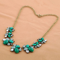 Lake Green Necklace for Summer 051864C