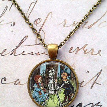 Wizard of Oz Necklace, Wizard of Oz Pendant, Jewelry, Movie Pendant, Literary Characters, Oz, Art Necklace T244