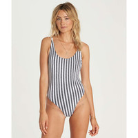 GET IN LINE ONE PIECE SWIM
