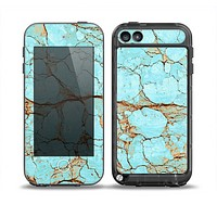 The Cracked Teal Stone Skin for the iPod Touch 5th Generation frē LifeProof Case