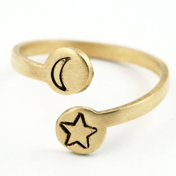 Moon and Star Ring  (Brass)