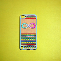 Infinity sign on wood print and aztec print iPod Touch 5 Case,   iPod touch 5 Cases, iPod touch 5G Cover,Case for iPod touch 5