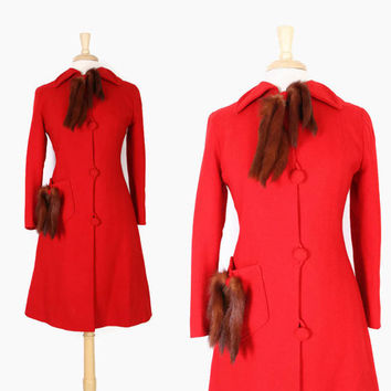 40s Red Wool Fit & Flare COAT / 1940s Cherry Red Wool Princess Coat with MINK Tail Trim S
