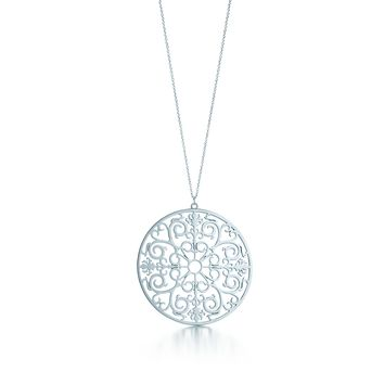 Tiffany & Co. - Tiffany Enchant®: Round Pendant