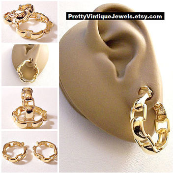 Monet Square Chain Hoops Clip On Earrings Gold Tone Vintage Extra Large Round Open Links Circle Wide Band Dangles