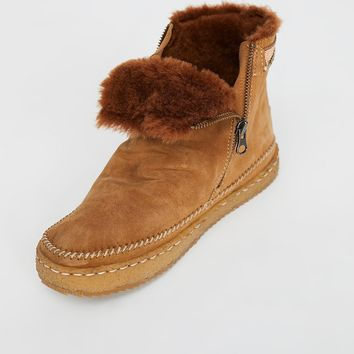 Walkabout Ankle Boot