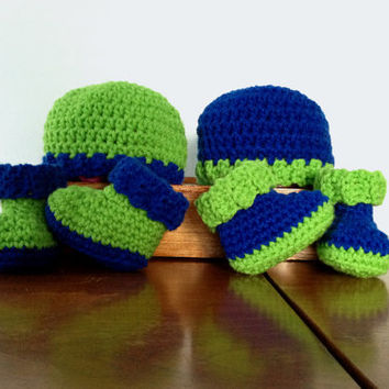 Crochet Neon Baby Boy Set - Crochet Hat and Booties - Coming Home Outfit - Baby Boy Twins - Baby Boy Shoes - Bright Green and Blue Set