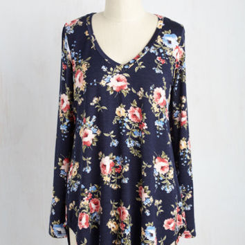 Embracing Basic Top in Navy Bloom | Mod Retro Vintage Short Sleeve Shirts | ModCloth.com