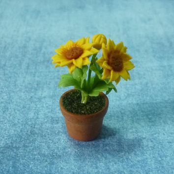 Miniature flowers Sunflower tree 1 12 scale /Mini sunflower /Dollhouse miniatures/ Faux plants/ Mini plants/ Miniature garden plants