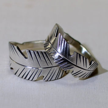 Sterling silver feather wedding band set for by Metalopia on Zibbet