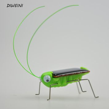 1 Pcs/set Kawaii Mini Solar Panel Energy Powered Cockroach Robot Insect Bug Gadget kids Fun kit Science toys movement gift