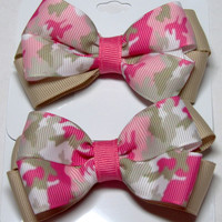 Toddler tween stacked hair bow pink camo print on beige pink floral print on hot pink sky blue print on sky blue on a covered clip