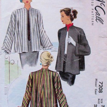 McCall 7208 Sewing Pattern 40s Swing Coat Duster Jacket Flared Back Wide Kimono Sleeves Collarless Bust 32