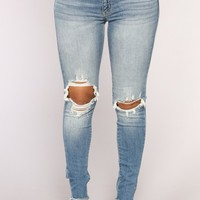 Three Cards Skinny Jeans - Medium Blue Wash