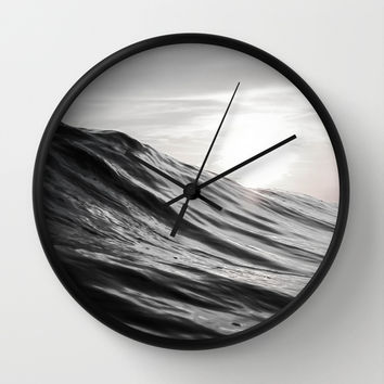 Motion of Water Wall Clock by Nicklas Gustafsson