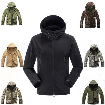 Dropshipping TAD Lurker Shark Skin Softshell Outdoor Military Tactical Jacket Men Waterproof Camouflage Hooded Army Camo Clothes