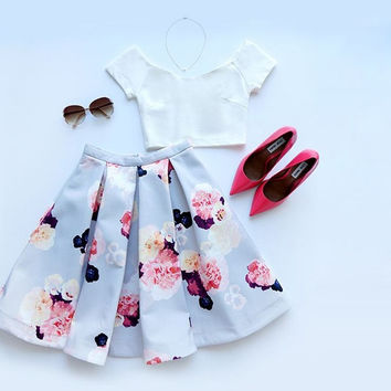 Women Fashion Ladies Wear 2 Pieces Set  White Crop Top and Short Skirt Casual Style = 1667676100