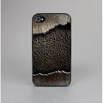 The Grunge Ripped Metal with Bevel Skin-Sert for the Apple iPhone 4-4s Skin-Sert Case
