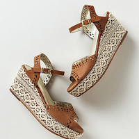 Deirdre Lace Wedges