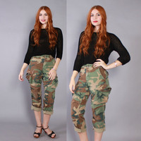 70s US ARMY PANTS / 1970s Army Green Cotton Camo Boyfriend Fit Cropped Pants xs s