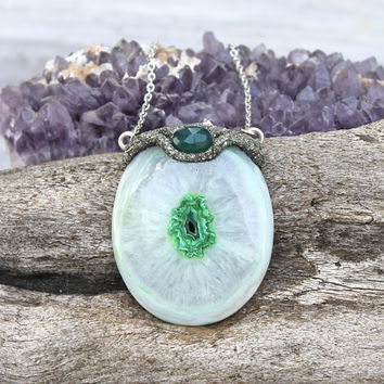 Quartz Stalactite Necklace - DYED Stone Jewelry - Green Crystal Necklace - Boho Chic - Hippie Fashion - Festival Style - Pyrite Necklace