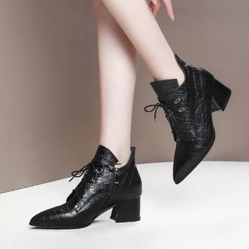 2019 women ankle boots pointed toe lace up checkered high heels