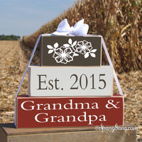 "Gift for new Grandma & Grandpa. Pregnancy announcement. Wood Gift Blocks. ""Est. 2015 Grandma Grandpa"" - Christmas gift. Grandparents Day"