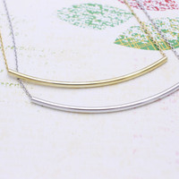 Bar  necklace in  silver or gold tone