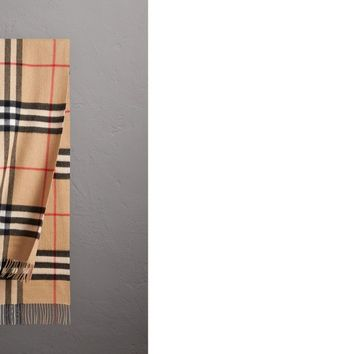 The Classic Check Cashmere Scarf in Camel | Burberry United States