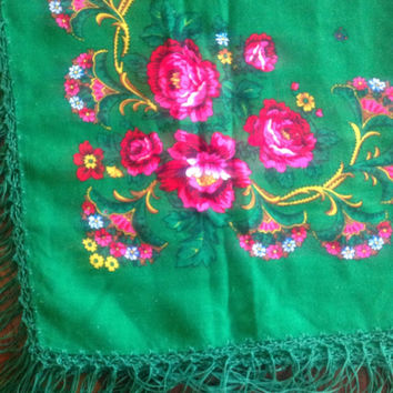 Vintage Emerald Green Floral scarf, Russian shawl, head scarf,  Babushka polish platok, Lush Green Scarf,  Gift for Friend Antiquing