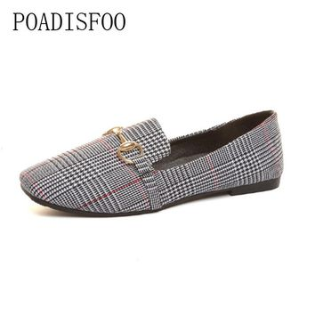 POADISFOO 2018 Women's Fashion Loafers Flats Slip-On Women's flats Grey Brown British all-match shoes with flat  .FLT-880