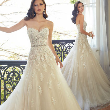 2016 Sweetheart Light Champagne Lace Applique Wedding Dress With Color Beading Sash Bridal Gowns In Stock Robe De Mariage