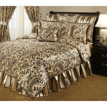 Pacific Coast Home Furnishings Inc. SAV320793-K Austin Horn Classics Savona Four-Piece King Bedding Collection - (In No Image Available)