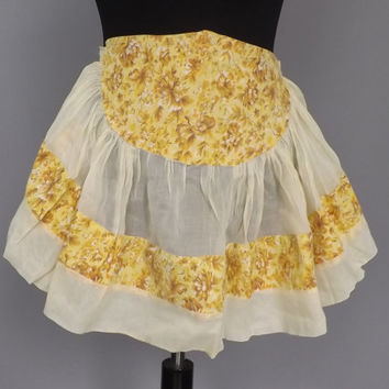 Vintage Sweet Retro 50s 60s Yellow Floral Cotton Country Apron Kitchen Diner Housewife Pin Up Girl Kitsch Waitress Folk