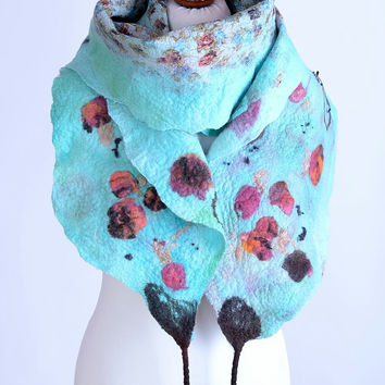 Pastel turquoise nuno felt scarf with flower pattern - floral felted shawl with roses - delicate, romantic, feminine [S110]