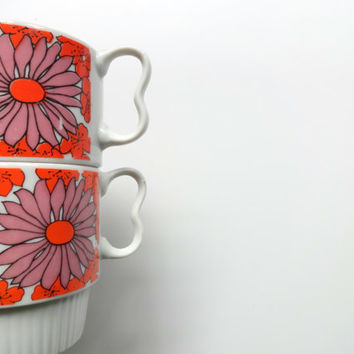 Vintage Flower Stackable Coffee Mugs 1960s