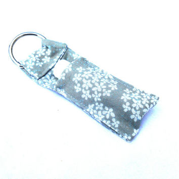 Queen Anne's Lace Snowflakes Chapstick Keychain - Gray White Lip Balm Holder Cozy