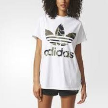 KUYOU Adidas Originals Women's Big Trefoil Tee (White/Camo)