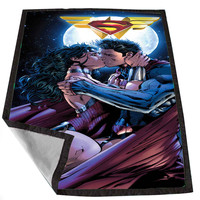Superman and wonder woman romantic for Kids Blanket, Fleece Blanket Cute and Awesome Blanket for your bedding, Blanket fleece *02*